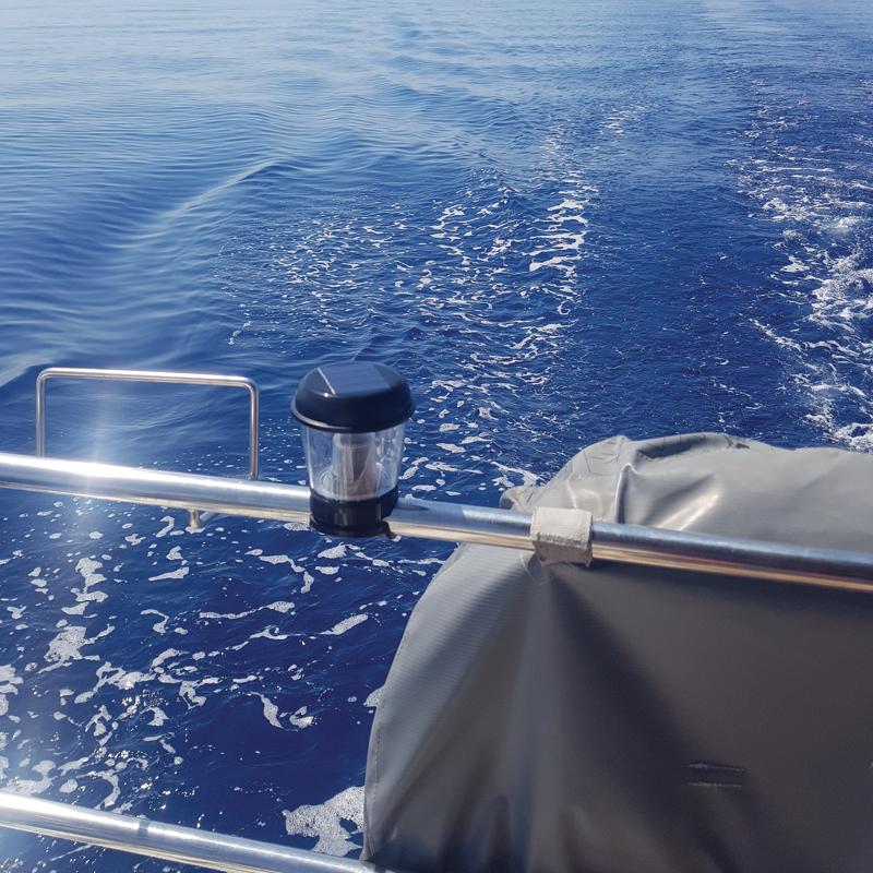 Solar Powered Marine Light_4705_4699