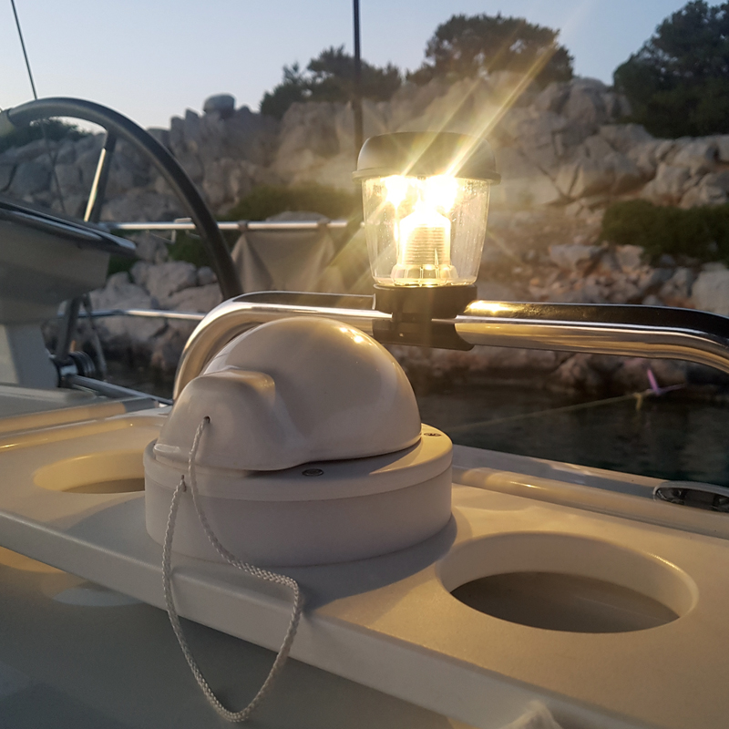 Solar Powered Marine Light_4705_4700